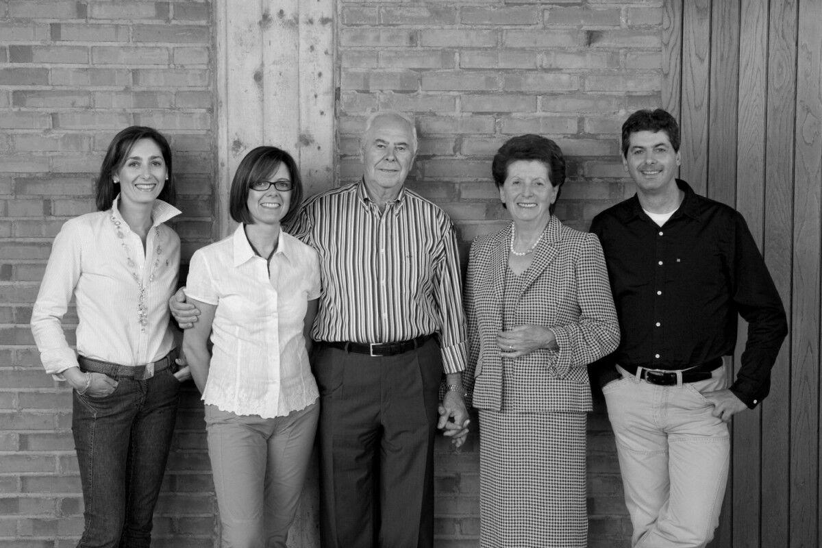 tagAlt.Tedeschi family portrait BW Cover 20211705