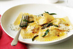 tagAlt.Ricotta Filled Tortelli with Fresh Asparagus and Saffron