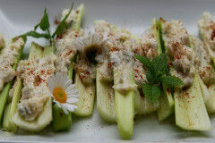 tagAlt.Riviera style stuffed celery