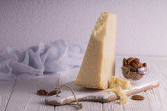 tagAlt.pecorino cheese 02034009