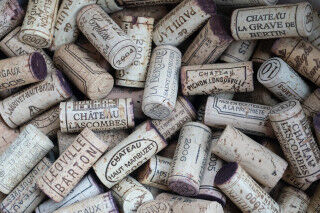 tagAlt.Left and Right Banks Bordeaux Corks Cover