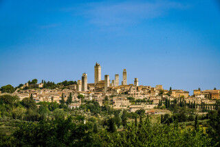 tagAlt.San Gimignano City Scape panorama Cover