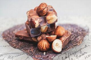 tagAlt.Tuscan Chocolate Hazelnuts Cover