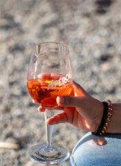 tagAlt.Aperol Spritz drink 4