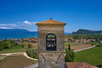tagAlt.Belltower overlooking Lake Garda 6