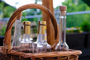 tagAlt.Bottles basket empty 3