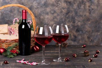 tagAlt.Christmas wine bottle gift 3