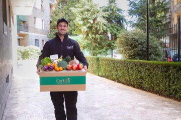 tagAlt.Cortilia Driver fruit and vegetables delivery 2
