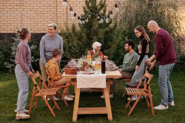 tagAlt.Food safety family eating together 8
