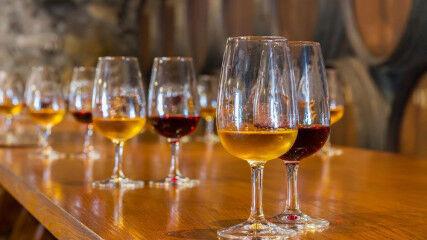 tagAlt.Fortified wine glasses tasting 2
