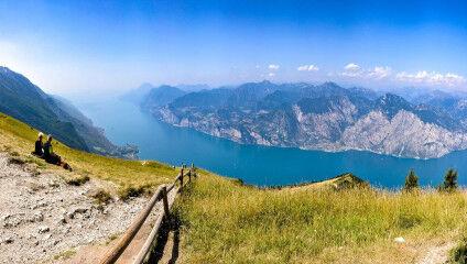 tagAlt.Lake Garda panorama from above 3