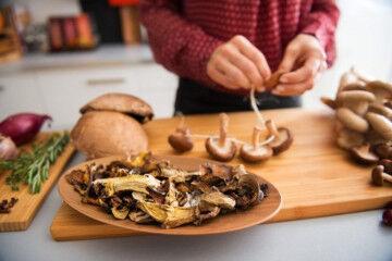 tagAlt.Mushroom preparing Umami 1