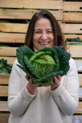 tagAlt.POM prepping cabbage 6