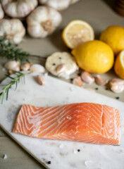 tagAlt.Raw fish food safety 5