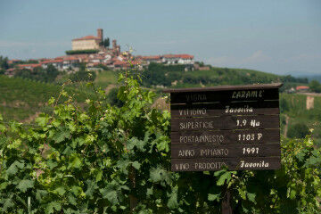 tagAlt.Roero Piedmont Favorita sign 3