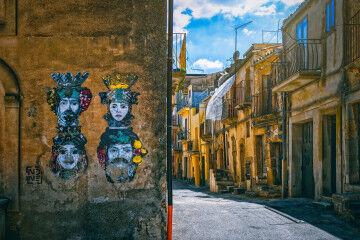 tagAlt.Sicilian street art teste di moro 6