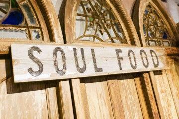 tagAlt.Soul food wooden sign 2